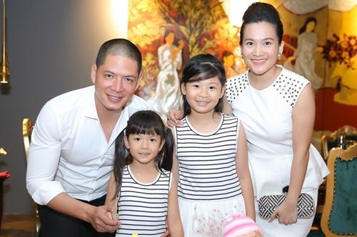 Sau 10 năm, anh có hai cô con gái - bé lớn tên An Nhiên, bé nhỏ tên An Như. Ở tuổi 38, anh thành công trong lĩnh vực kinh doanh và MC. Năm 2015, anh được bầu là Phó Chủ tịch Hội Điện ảnh TP HCM.
