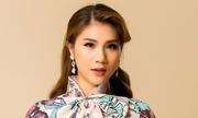 Kim Dung làm mẫu áo dài sau ba năm vắng bóng