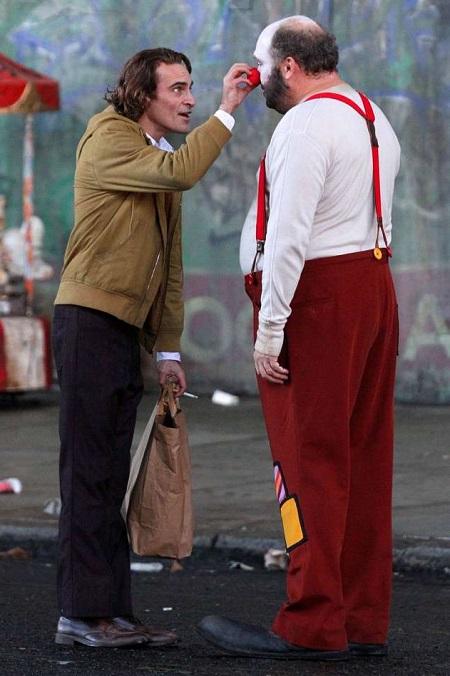 Joaquin Phoenix trên trường quay. Ảnh: BACKGRID.