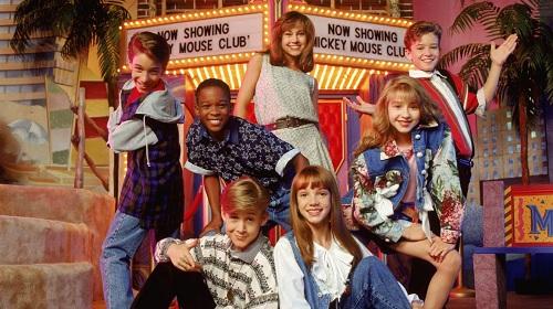 Britney (hàng dưới bên phải) xuất hiện lần đầu trên một chương trình ca nhạc của kênh Disney. Ảnh: Hyperbeast