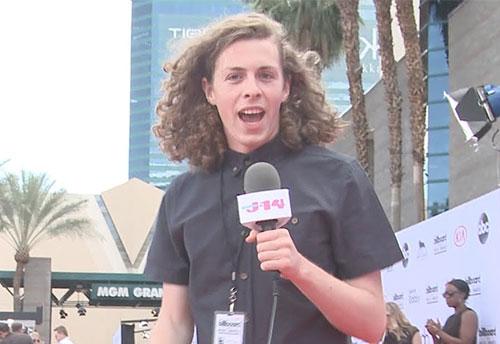 Liam McEwan – người sản xuất bộ phim