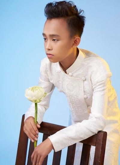 Hồ Văn Cường lớn bổng sau ba năm đoạt quán quân Idol Kids - VnExpress Giải trí