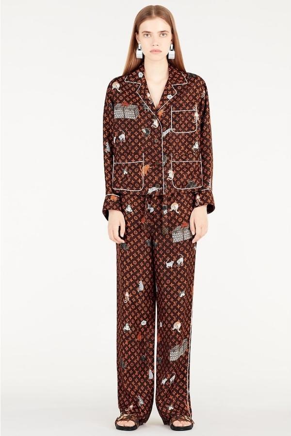Diễm My 9X diện pyjama hơn 80 triệu đồng