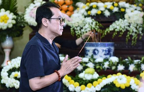 Nghệ sĩ Thành Lộc là đàn anh có ảnh hưởng lớn với Anh Vũ trong nghề.