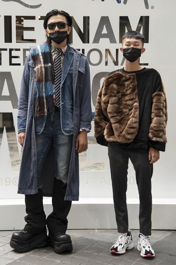 Nam giới Sài Gòn diện thời trang 'người ngoài hành tinh'
