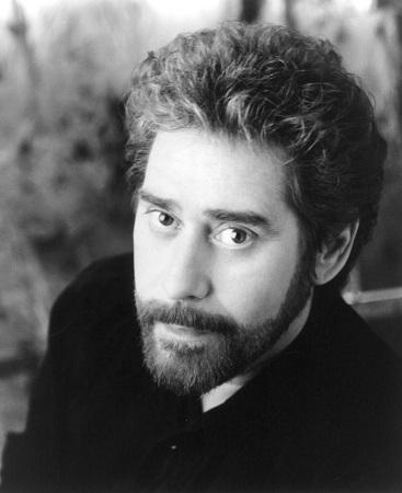 Ông là một trong những nghệ sĩ thành công nhất tại Mỹ trong thập niên 80. Ảnh: Spotify.
