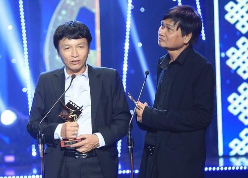 Đạo diễn Mai Hồng Phong (trái) và Đỗ Phú Hải.