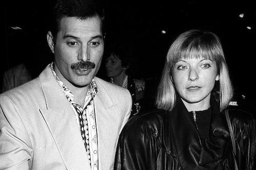 Freddie Mercury cùng Mary Austin (trái). Ảnh: ClassicRock Magazine.