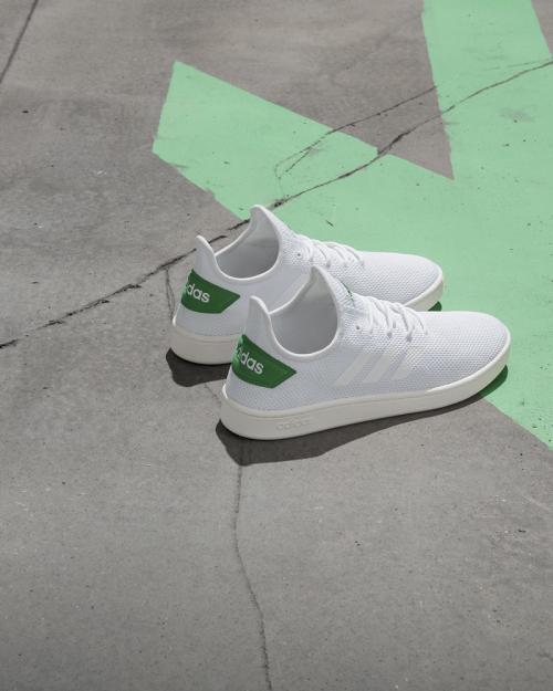 Giày adidas xuất hiện trên hệ thống ShooZ - 1