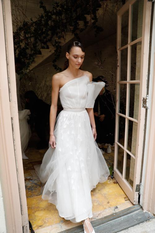 Phuong My xuất hiện trên nhiều báo Mỹ sau New York Fashion Week Bridal (bài xin Edit) - 1