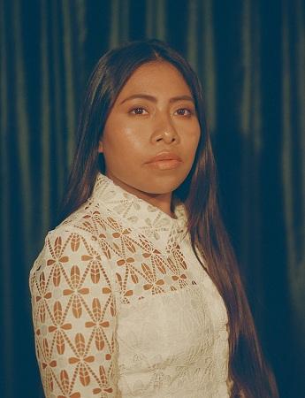 Nữ diễn viên Yalitza Aparicio được xem như một hiện tượng của năm. Cô được đề cử Oscar cho Nữ chính xuất sắc với vai diễn trong bộ phim Roma. Trước đó, Yalitza chưa từng đóng phim. Cô bén duyên điện ảnh khi đi thử vai thay cho chị gái mình.
