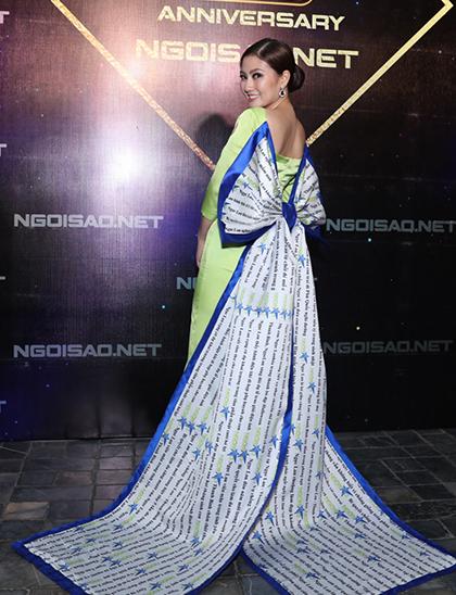 Bộ váy của Ngọc Lan tại tiệc sinh nhật 15 năm báoNgoisao.net.