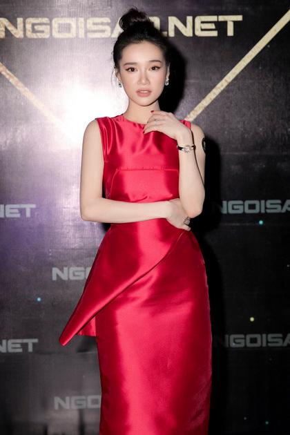 Nhã Phương dự sinh nhật Ngoisao.net tối 19/4.