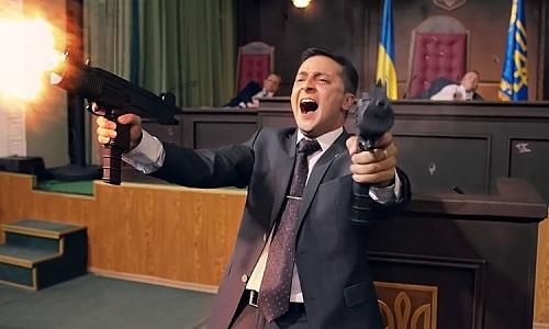 Zelensky vào vai tổng thông trong phim hài Servant of the People. Ảnh: Cinema Escapist.