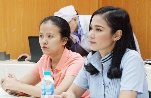Diễn viên Việt Trinh ở bệnh viện Chợ Rẫy làm thủ tục hiến tạng.