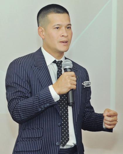 Đạo diễn Việt Tú chia sẻ về sở hữu trí tuệ tại hội thảo. Ảnh: BTC.