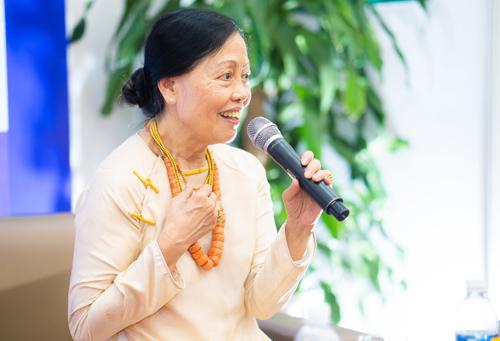 Tác giả Thái Kim Lan.