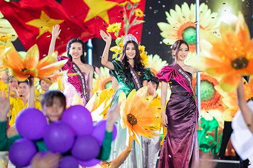 Đạo diễn Hoàng Nhật Nam tái hiện vẻ đẹp Ninh Thuận bằng âm nhạc, hình ảnh - 3