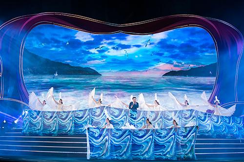 Đạo diễn Hoàng Nhật Nam tái hiện vẻ đẹp Ninh Thuận bằng âm nhạc, hình ảnh - 2