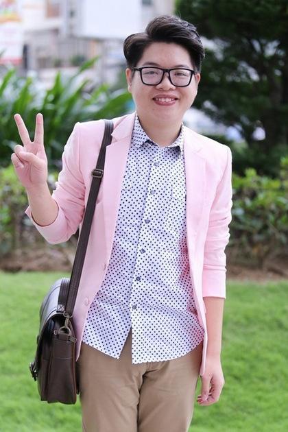 Đức Phúc được đánh giá cao về giọng hát khi trở thành quán quân Giọng hát Việt 2015. Tuy nhiên, ngoại hình thừa cân cùng gương mặt nhiều nét thô khiến anh luôn tự ti, mặc cảm.