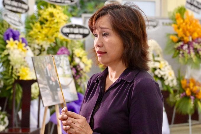 Thành Lộc và nhiều nghệ sĩ viếng tang Lê Bình