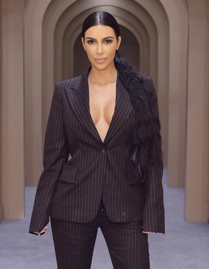 Kim liên tục thành công khi theo đuổi công việc luật sư. Ảnh: Elle.