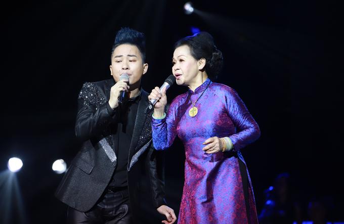 Khánh Ly: 'Tùng Dương nhường tôi khi hát chung'