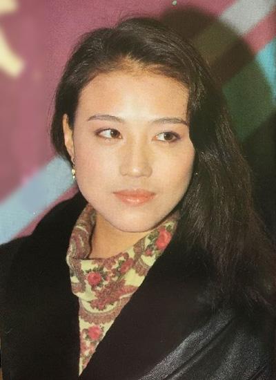 Những năm gần đây, cô tham gia các phim Võ Mỵ Nương truyền kỳ, Hương mật tựa khói sương, Người đàn ông bắt được cầu vồng...