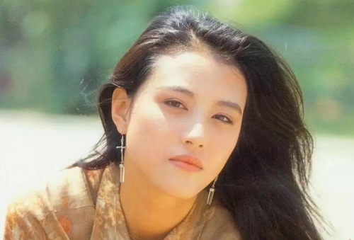 Đỉnh cao sự nghiệp của Châu Hải My vào cuối những năm1980 tới thập niên 1990. Cô vào Đài truyền hình Hong Kong (TVB) sau khi tham gia cuộc thi hoa hậu do đài này tổ chức.