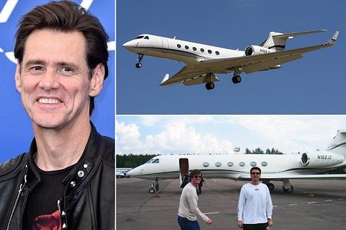 Theo Travel, diễn viên hài Jim Carrey bỏ ra 59 triệu USD để sở hữu chiếc Gulfstream V. Chiếc máy bay có thể đưa anh đến bất kỳ sân bay nào trên thế giới chỉ với một chặng bay không nghỉ. Tài tử từng bán vé 8.000 USD cho một giờ tham quan phi cơ riêng của mình.