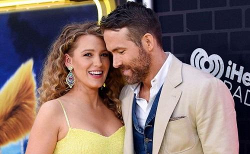 Ryan Reynolds (phải) và vợ - Blake Lively - ở buổi ra mắt phim tại Mỹ.