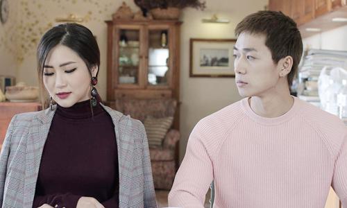Hương Tràm và bạn diễn trong MV.
