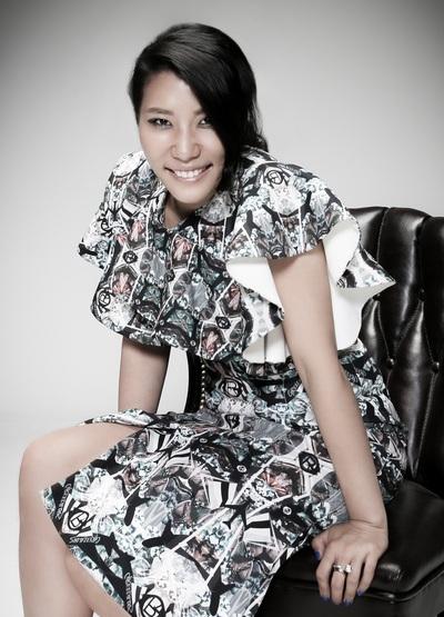 Nhà thiết kế Younhee Park