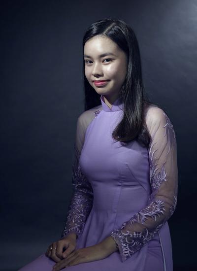 Diễn viên Trà My đóng Vợ ba từ năm 13 tuổi. Hiện cô 15 tuổi.