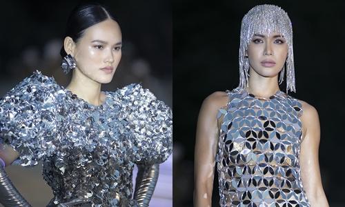 Phong cách vị lai với trang phục xử lý những kết cấu hình học.