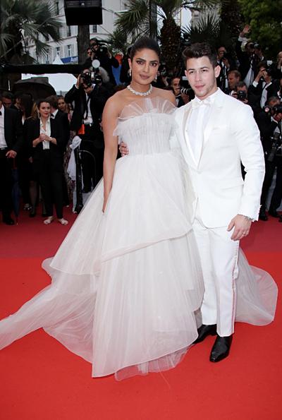 Cặp sao dự buổi ra mắt phim The Best Years of a Life trong ngày thứ 5 của Liên hoan phim Cannes.
