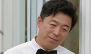 'Ông hoàng phòng vé Trung Quốc' khóc vì cha không nhận ra mình