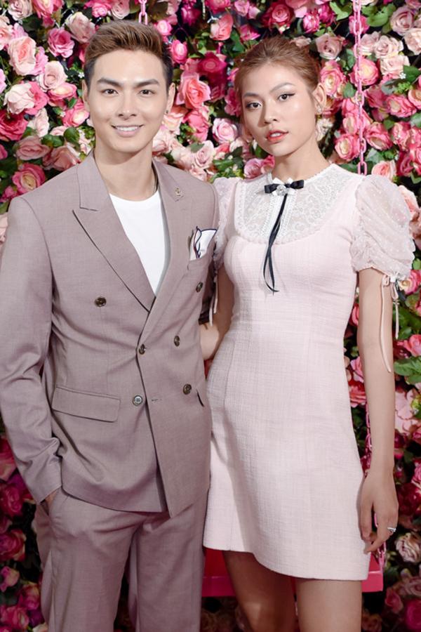 Hồ Ngọc Hà, Kim Lý sánh vai ở sự kiện