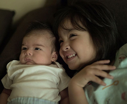 Mỹ nhân đẹp nhất Philippines cảm thấy viên mãn khi làm mẹ - 2