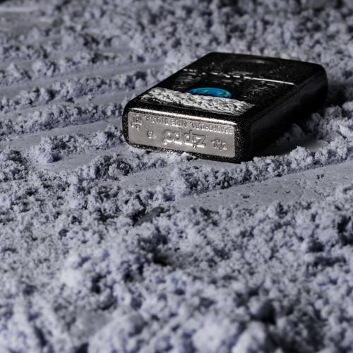 Mộc đáy bật lửa Zippo chứa đựng các thông tin giúp xác định năm sản xuất.