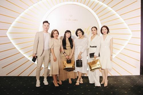 Beauty blogger Yumi Dương, Stylist Lâm Thúy Nhàn và những người bạn của thương hiệu đến tham dự sự kiện