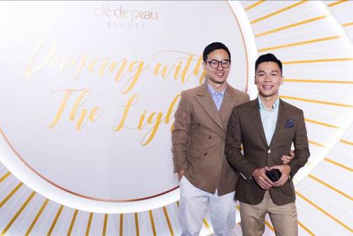 Nhà thiết kế Adrian Anh Tuấn & Sơn Đoàn tham dự sự kiện