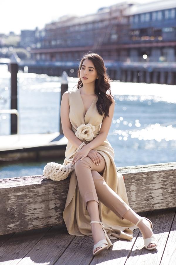 Hoa hậu Mỹ Linh, Tiểu Vy dạo phố Sydney