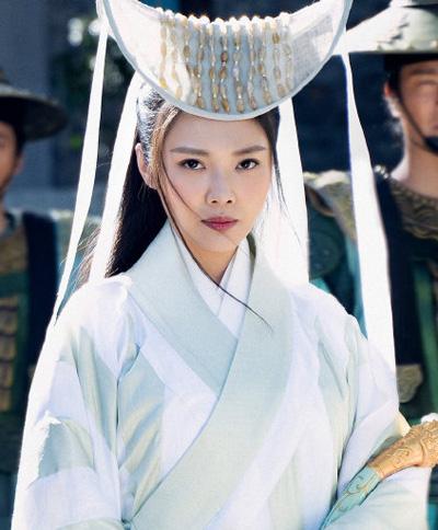 Fan kiếm hiệp chê tạo hình trong Thiên Long Bát Bộ
