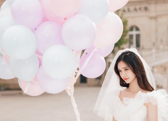 Diễn viên 'Mỹ nhân ngư' hóa thân thành cô dâu