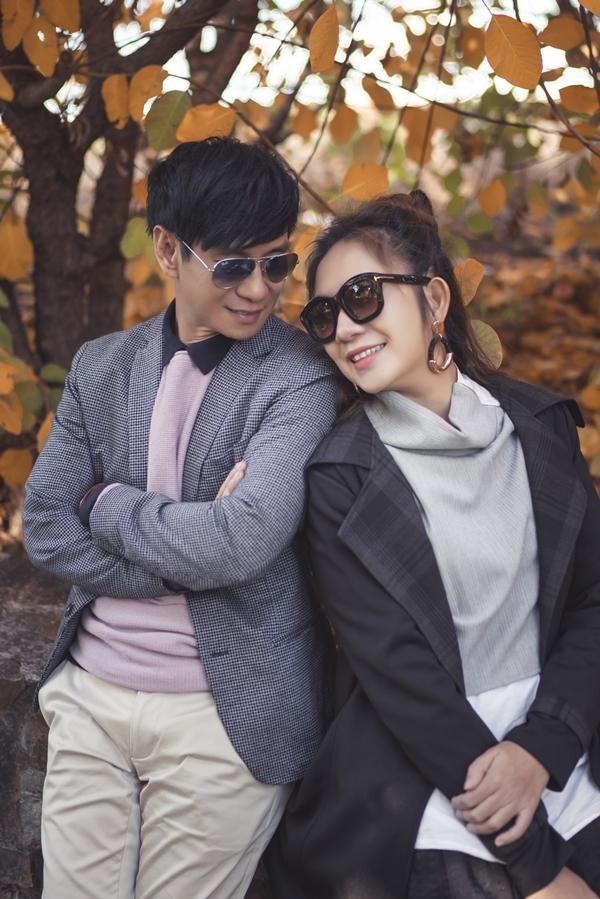 Vợ chồng Lý Hải dạo chơi Australia mùa thu