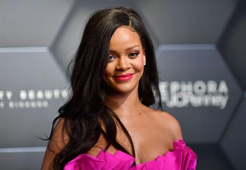 Nữ ca sĩ Rihanna. Ảnh: Time.