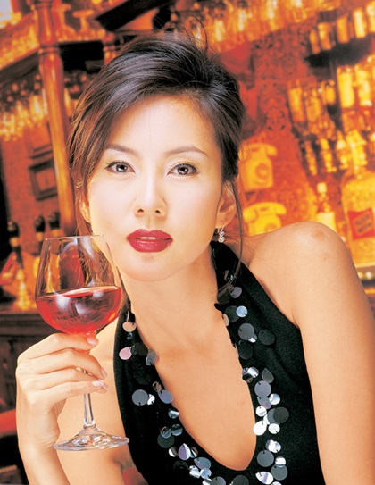 Vẻ rạng rỡ của Kim Nam Joo trong giai đoạn Nữ hoàng quảng cáo - 5