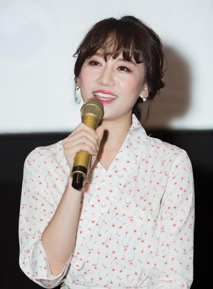 Hari Won chia sẻ cô và chồng sống rất đơn giản và vui vẻ sau khi kết hôn.