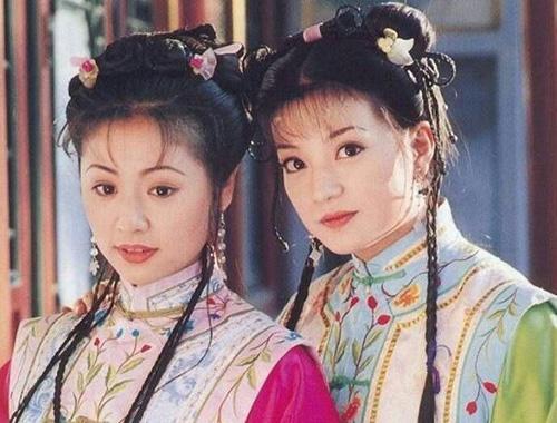 Lâm Tâm Như (trái), Triệu Vy từng đóng chung Hoàn Châu cách cách, Dòng sông ly biệt.